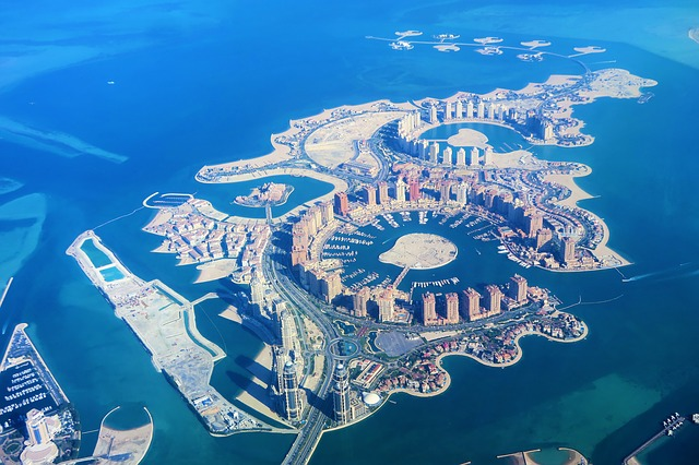 real estate companies Qatar Doha The pearl-artificial island