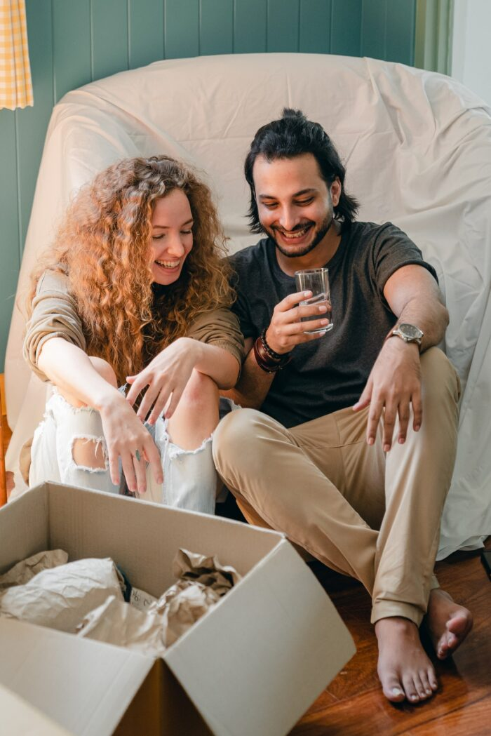 buying a house for new couples - img pexels com